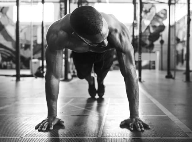 como empezar en el gimnasio elige la rutina adecuada para ti