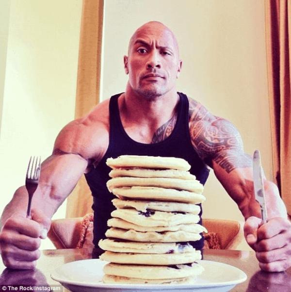 Construye músculo como Dwayne Johnson