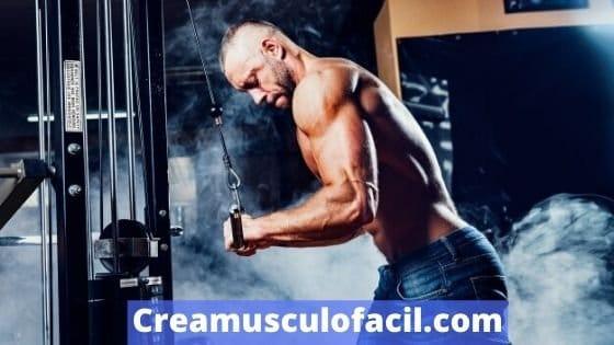 Uso deportivo de los jalones de tríceps