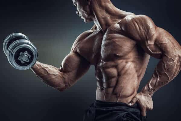 Los mejores ejercicios de bíceps según Charles Poliquin