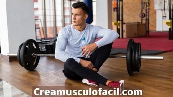 Entrenamiento de musculación con barra