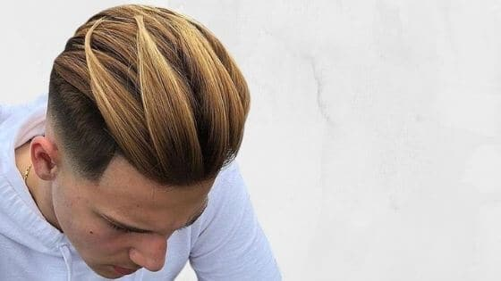 sombre caramelo dorado hombre, teñirse el pelo